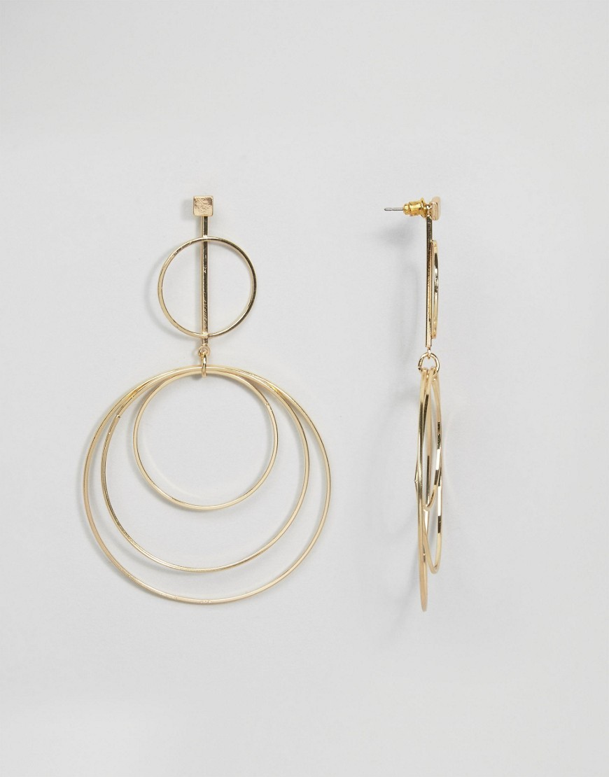 Statement Circles Earrings Gold - predominant colour: gold; occasions: evening; style: drop; length: long; size: large/oversized; material: chain/metal; fastening: pierced; finish: metallic; season: s/s 2016; wardrobe: event