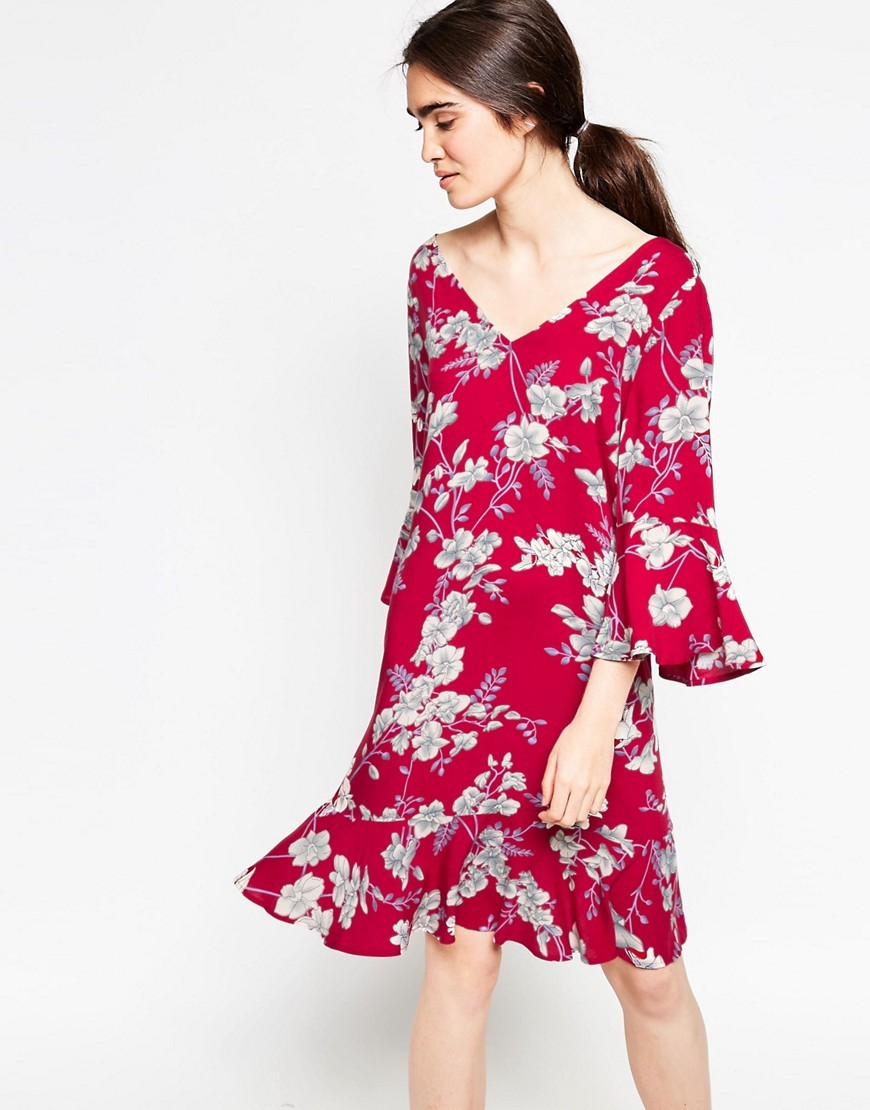 Era Floral Dress Deep Red - style: shift; neckline: low v-neck; sleeve style: bell sleeve; predominant colour: true red; secondary colour: light grey; occasions: evening; length: just above the knee; fit: body skimming; fibres: viscose/rayon - 100%; hip detail: structured pleats at hip; sleeve length: 3/4 length; pattern type: fabric; pattern size: big & busy; pattern: florals; texture group: other - light to midweight; multicoloured: multicoloured; season: s/s 2016