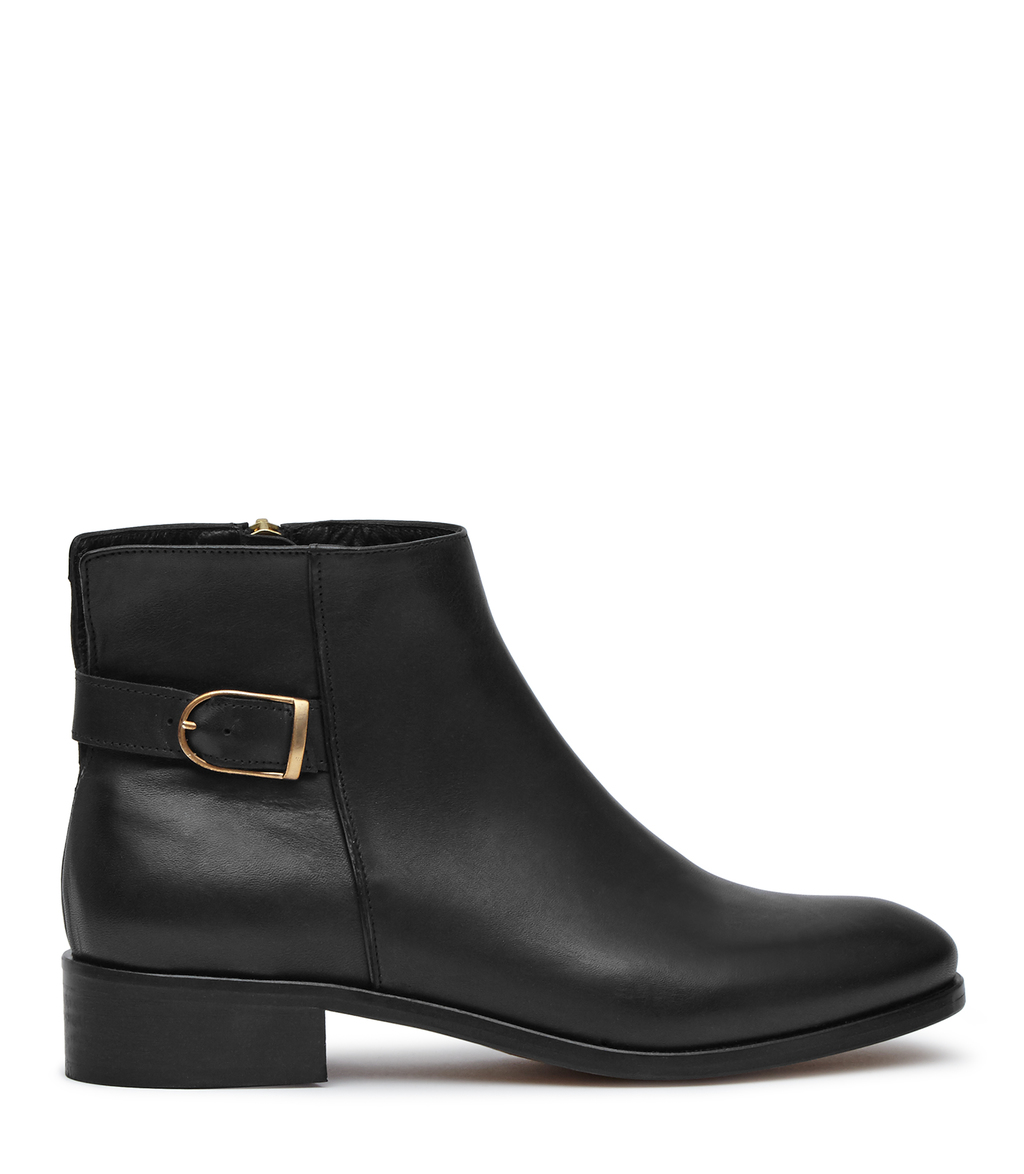 Maisie Womens Leather Chelsea Boots In Black - predominant colour: black; occasions: casual; material: leather; heel height: mid; embellishment: buckles; heel: block; toe: round toe; boot length: ankle boot; style: standard; finish: plain; pattern: plain; season: a/w 2016