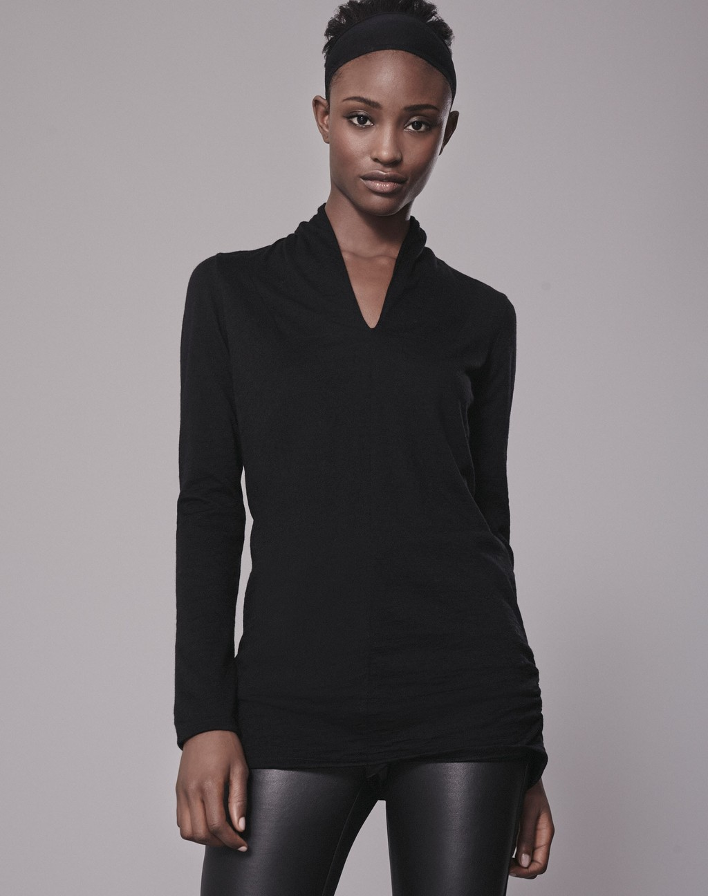 Luxe Slim V Top Black - neckline: v-neck; pattern: plain; predominant colour: black; occasions: casual, evening; length: standard; style: top; fibres: wool - 100%; fit: body skimming; sleeve length: long sleeve; sleeve style: standard; pattern type: fabric; texture group: jersey - stretchy/drapey; wardrobe: basic; season: a/w 2016
