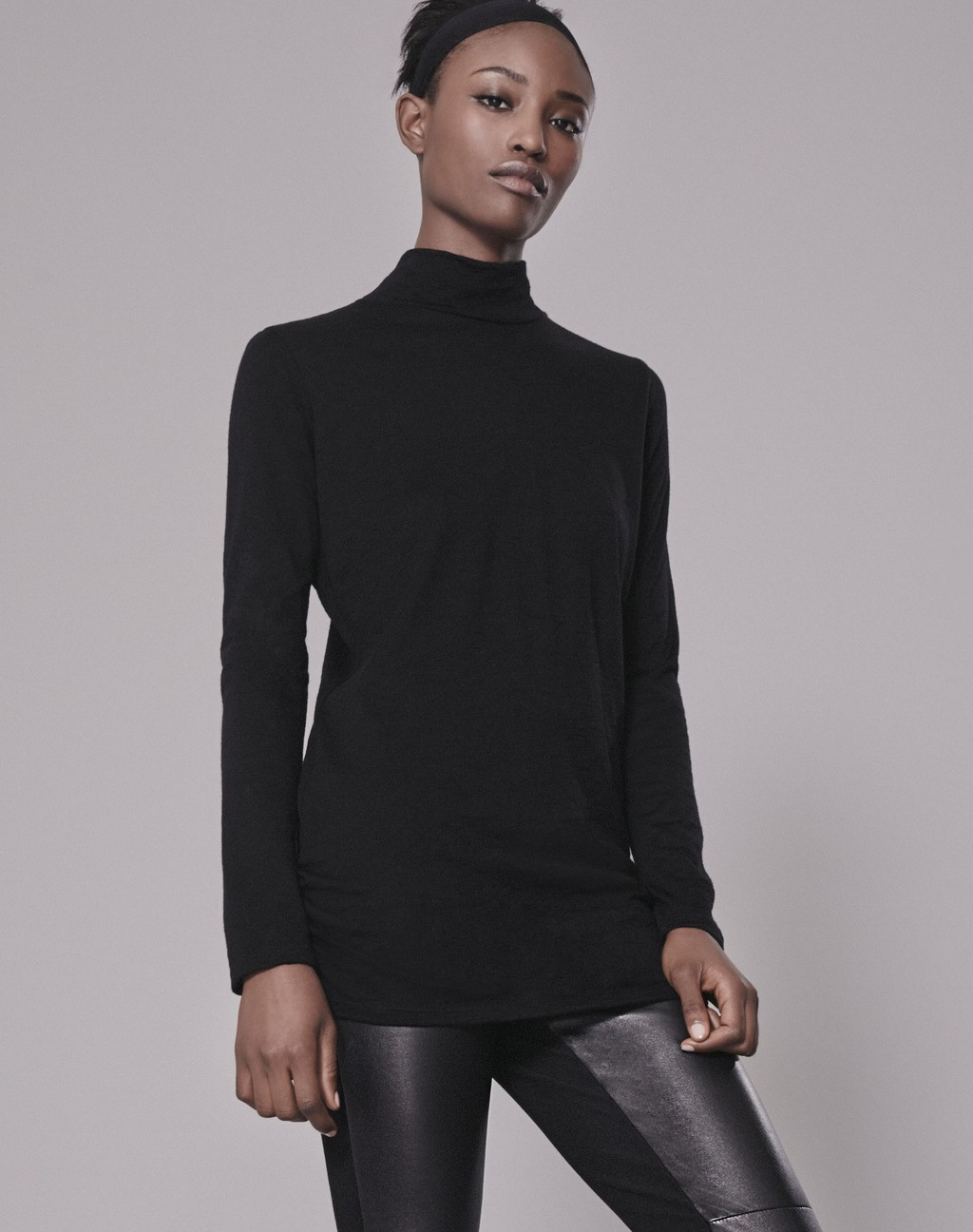 Luxe Polo Neck Top Black - pattern: plain; neckline: roll neck; predominant colour: black; occasions: casual; length: standard; style: top; fibres: wool - 100%; fit: body skimming; sleeve length: long sleeve; sleeve style: standard; texture group: knits/crochet; pattern type: fabric; wardrobe: basic; season: a/w 2016