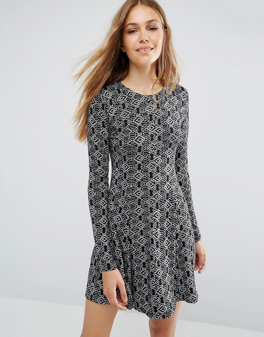 Printed Long Sleeve Swing Dress Black - length: mid thigh; predominant colour: mid grey; secondary colour: black; occasions: casual; fit: fitted at waist & bust; style: fit & flare; fibres: polyester/polyamide - 100%; neckline: crew; sleeve length: long sleeve; sleeve style: standard; pattern type: fabric; pattern: patterned/print; texture group: jersey - stretchy/drapey; multicoloured: multicoloured; season: a/w 2016; wardrobe: highlight