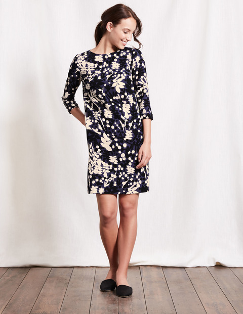 Rachel Dress Aristocratic Blue Stamp Floral Women, Aristocratic Blue Stamp Floral - style: shift; length: mid thigh; secondary colour: blush; predominant colour: black; occasions: casual, creative work; fit: straight cut; fibres: polyester/polyamide - 100%; neckline: crew; sleeve length: 3/4 length; sleeve style: standard; pattern type: fabric; pattern size: standard; pattern: florals; texture group: woven light midweight; season: a/w 2016; wardrobe: highlight