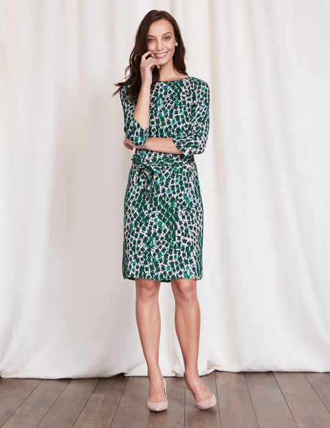 Kelly Dress Greens Trailing Floral Women, Greens Trailing Floral - style: shift; neckline: slash/boat neckline; secondary colour: turquoise; predominant colour: emerald green; occasions: casual, work, creative work; length: just above the knee; fit: body skimming; fibres: cotton - stretch; sleeve length: 3/4 length; sleeve style: standard; texture group: jersey - clingy; pattern type: fabric; pattern size: standard; pattern: patterned/print; multicoloured: multicoloured; season: a/w 2016