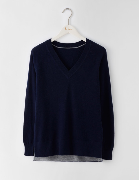 V Neck Split Hem Jumper Navy Women, Navy - neckline: v-neck; pattern: plain; style: standard; predominant colour: navy; occasions: casual, creative work; length: standard; fibres: cotton - mix; fit: loose; back detail: longer hem at back than at front; sleeve length: long sleeve; sleeve style: standard; texture group: knits/crochet; pattern type: knitted - fine stitch; wardrobe: basic; season: a/w 2016