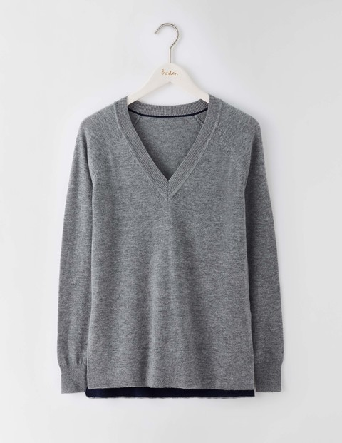 V Neck Split Hem Jumper Grey Melange Women, Grey Melange - neckline: v-neck; pattern: plain; style: standard; predominant colour: mid grey; occasions: casual; length: standard; fibres: wool - mix; fit: standard fit; sleeve length: long sleeve; sleeve style: standard; texture group: knits/crochet; pattern type: fabric; wardrobe: basic; season: a/w 2016