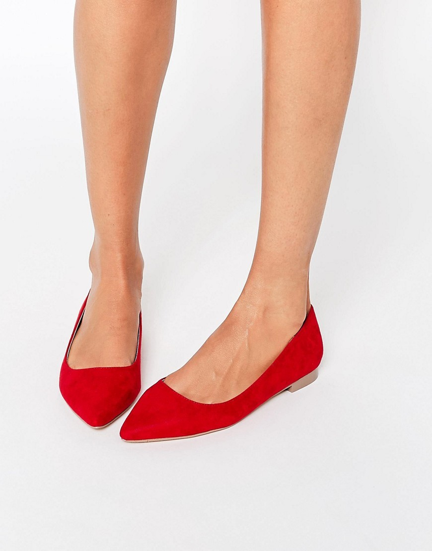 Lost Pointed Ballet Flats Red - predominant colour: true red; occasions: casual, creative work; material: suede; heel height: flat; toe: pointed toe; style: ballerinas / pumps; finish: plain; pattern: plain; season: a/w 2016