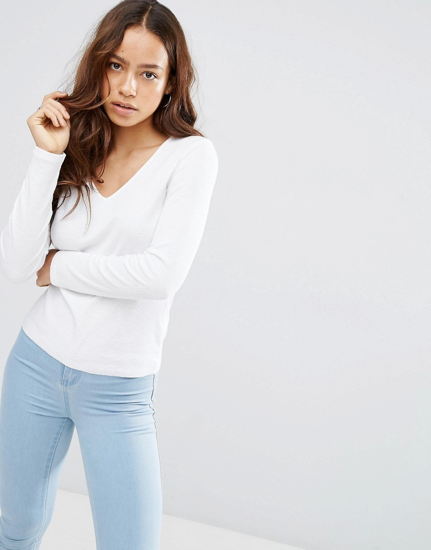Fitted V Neck T Shirt In Slub White - neckline: v-neck; pattern: plain; style: t-shirt; predominant colour: white; occasions: casual; length: standard; fibres: cotton - mix; fit: body skimming; sleeve length: long sleeve; sleeve style: standard; pattern type: fabric; texture group: jersey - stretchy/drapey; wardrobe: basic; season: a/w 2016