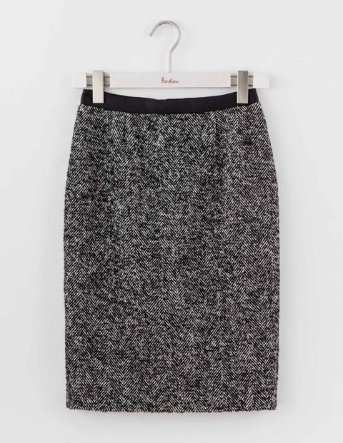 Freya Pencil Skirt Black Women, Black - style: pencil; fit: tailored/fitted; waist: high rise; pattern: herringbone/tweed; secondary colour: white; predominant colour: charcoal; occasions: work; length: just above the knee; fibres: wool - mix; trends: monochrome; pattern type: fabric; texture group: woven light midweight; pattern size: standard (bottom); season: a/w 2016; wardrobe: highlight