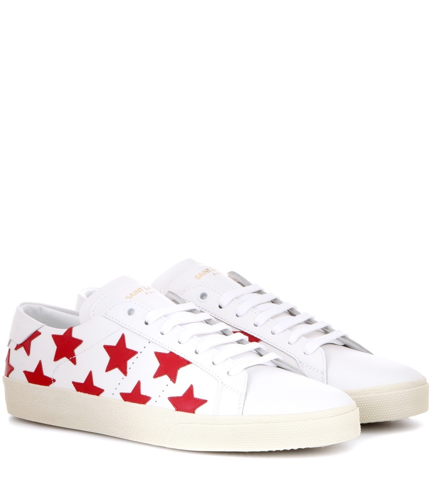 Sl/06 Court Classic Leather Sneakers - predominant colour: white; secondary colour: true red; occasions: casual; material: leather; heel height: flat; toe: round toe; style: trainers; finish: plain; pattern: plain; wardrobe: basic; season: a/w 2016