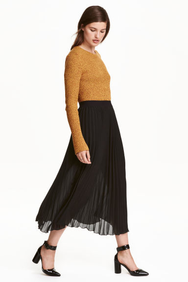 Pleated Skirt - length: calf length; pattern: plain; style: full/prom skirt; fit: loose/voluminous; waist: high rise; predominant colour: black; fibres: polyester/polyamide - 100%; occasions: occasion, creative work; hip detail: adds bulk at the hips; texture group: sheer fabrics/chiffon/organza etc.; pattern type: fabric; wardrobe: basic; season: a/w 2016