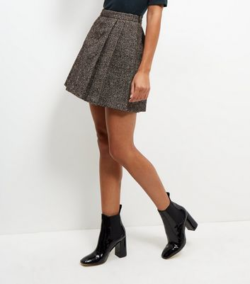Black Flecked Pleated Mini Skirt - length: mini; pattern: plain; fit: loose/voluminous; style: pleated; waist: high rise; predominant colour: black; occasions: casual, creative work; fibres: polyester/polyamide - mix; pattern type: fabric; texture group: woven light midweight; wardrobe: basic; season: a/w 2016