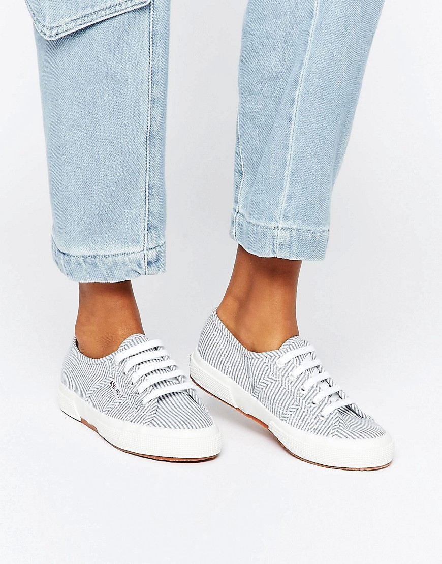 2750 Cotu Trainer 903 White/Blue - secondary colour: white; predominant colour: light grey; occasions: casual; material: fabric; heel height: flat; toe: round toe; style: trainers; finish: plain; pattern: plain; multicoloured: multicoloured; wardrobe: basic; season: a/w 2016