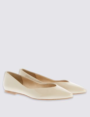 Leather Block Heel Pointed Pumps - predominant colour: nude; occasions: casual, work, creative work; material: leather; heel height: flat; toe: pointed toe; style: ballerinas / pumps; finish: patent; pattern: plain; wardrobe: basic; season: a/w 2016