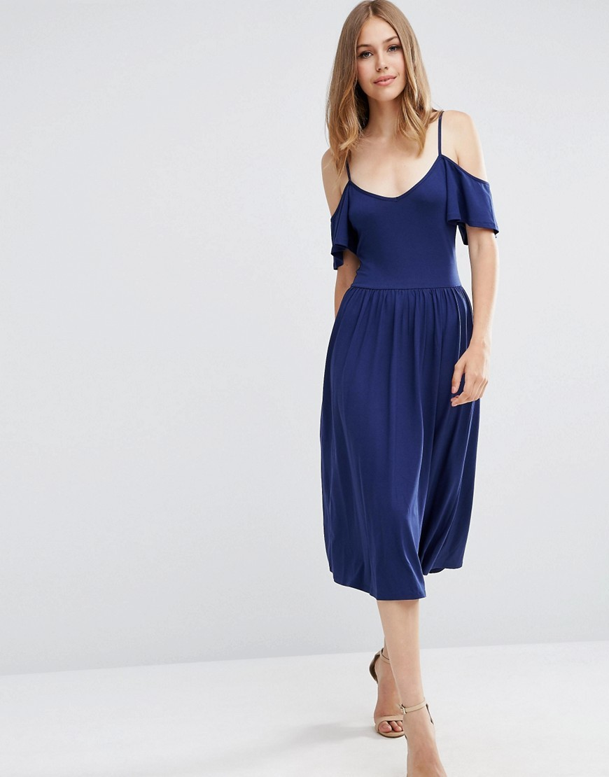 Midi Cold Shoulder Skater Dress Navy - length: calf length; neckline: v-neck; pattern: plain; predominant colour: navy; occasions: evening; fit: fitted at waist & bust; style: fit & flare; fibres: viscose/rayon - stretch; shoulder detail: cut out shoulder; sleeve length: short sleeve; sleeve style: standard; pattern type: fabric; texture group: jersey - stretchy/drapey; season: a/w 2016; wardrobe: event