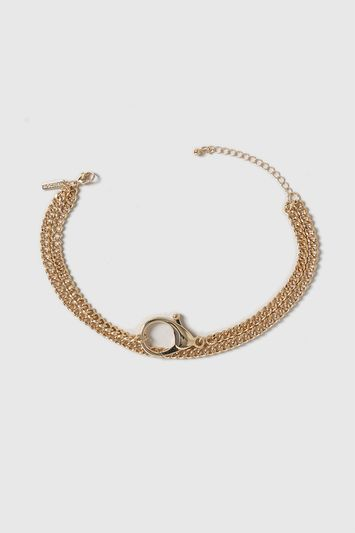 Chain And Clasp Choker - predominant colour: gold; occasions: casual, creative work; length: short; size: large/oversized; material: chain/metal; finish: metallic; style: chain (no pendant); season: a/w 2016; wardrobe: highlight