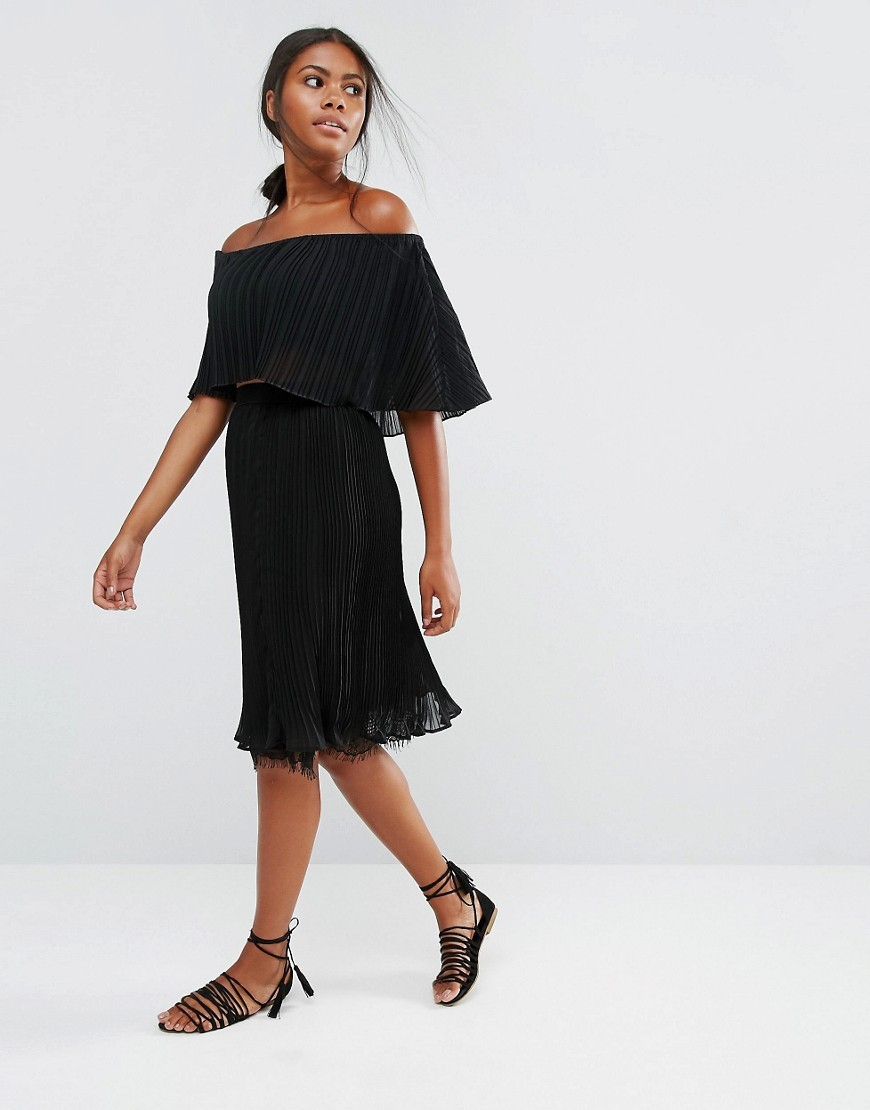Pleady Pleated Skirt With Lace Hem Black - length: below the knee; pattern: plain; fit: body skimming; style: pleated; waist: mid/regular rise; predominant colour: black; occasions: evening; fibres: polyester/polyamide - 100%; texture group: sheer fabrics/chiffon/organza etc.; pattern type: fabric; season: a/w 2016; wardrobe: event