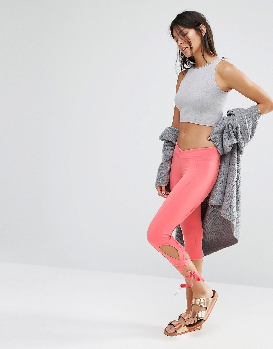 Movement Turnout Legging Pink - pattern: plain; style: leggings; waist detail: elasticated waist; waist: low rise; predominant colour: pink; occasions: casual; length: ankle length; texture group: jersey - clingy; fit: skinny/tight leg; pattern type: fabric; fibres: nylon - stretch; season: a/w 2016; wardrobe: highlight