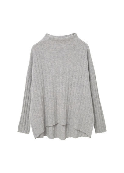 100% Cashmere Sweater - neckline: round neck; pattern: plain; length: below the bottom; style: standard; predominant colour: light grey; occasions: casual, creative work; fit: loose; back detail: longer hem at back than at front; fibres: cashmere - 100%; sleeve length: long sleeve; sleeve style: standard; texture group: knits/crochet; pattern type: knitted - fine stitch; wardrobe: investment; season: a/w 2016