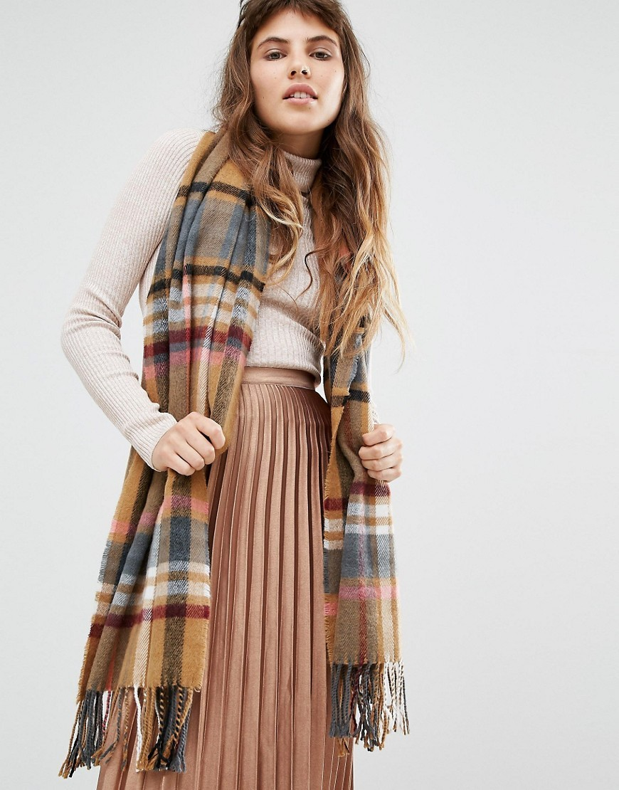 Large Square Check Scarf Camel - secondary colour: ivory/cream; predominant colour: camel; occasions: casual, creative work; type of pattern: standard; style: regular; size: large; material: knits; embellishment: fringing; pattern: checked/gingham; multicoloured: multicoloured; season: a/w 2016
