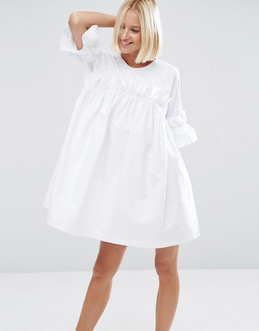 Frill Dress With Contrast Fabric White - style: smock; fit: loose; pattern: plain; sleeve style: trumpet; predominant colour: white; occasions: casual; length: just above the knee; fibres: cotton - 100%; neckline: crew; sleeve length: half sleeve; texture group: cotton feel fabrics; pattern type: fabric; wardrobe: basic; season: a/w 2016