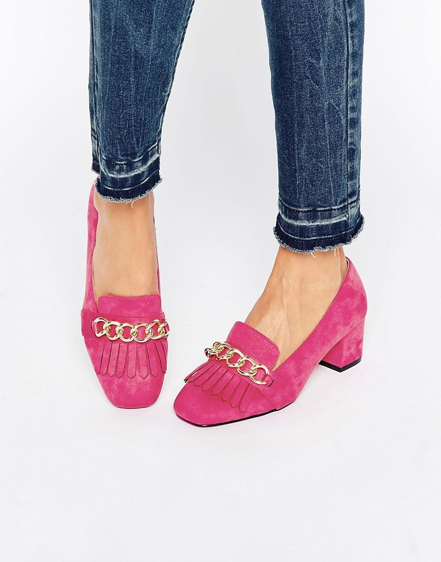 Symbolic Heeled Loafers Pink - predominant colour: hot pink; occasions: casual, creative work; material: suede; heel height: flat; toe: round toe; style: loafers; finish: plain; pattern: plain; embellishment: chain/metal; season: a/w 2016; wardrobe: highlight