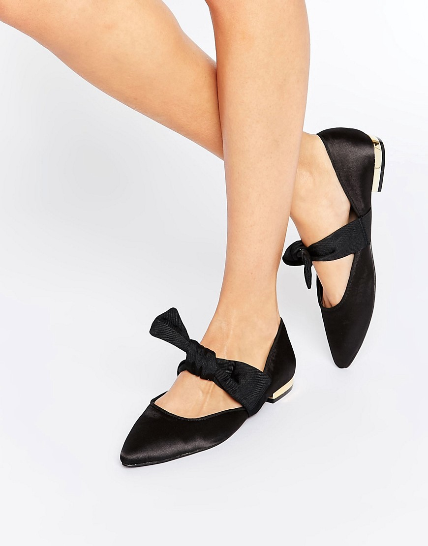 Loveable Pointed Bow Ballet Flats Black - predominant colour: black; occasions: casual; material: satin; heel height: flat; toe: pointed toe; style: ballerinas / pumps; finish: plain; pattern: plain; embellishment: bow; wardrobe: basic; season: a/w 2016