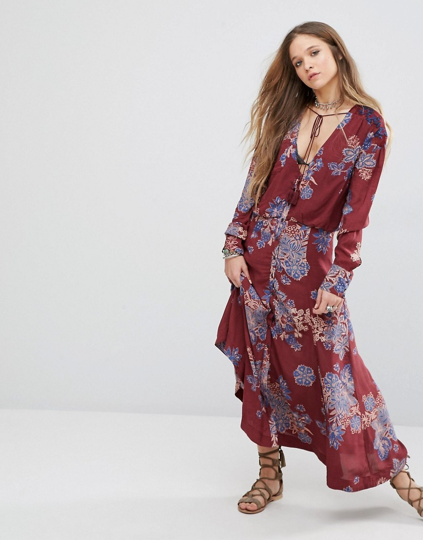 Printed Maxi Dress Purple - neckline: v-neck; style: maxi dress; length: ankle length; predominant colour: burgundy; secondary colour: denim; occasions: casual; fit: body skimming; fibres: viscose/rayon - 100%; sleeve length: long sleeve; sleeve style: standard; pattern type: fabric; pattern: florals; texture group: jersey - stretchy/drapey; multicoloured: multicoloured; season: a/w 2016