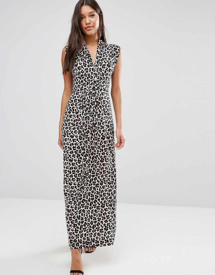 Maxi Dress In Aninal Print Cream - neckline: v-neck; sleeve style: sleeveless; style: maxi dress; length: ankle length; secondary colour: white; predominant colour: black; occasions: evening; fit: body skimming; fibres: viscose/rayon - 100%; sleeve length: sleeveless; pattern type: fabric; pattern: animal print; texture group: jersey - stretchy/drapey; multicoloured: multicoloured; season: a/w 2016; wardrobe: event
