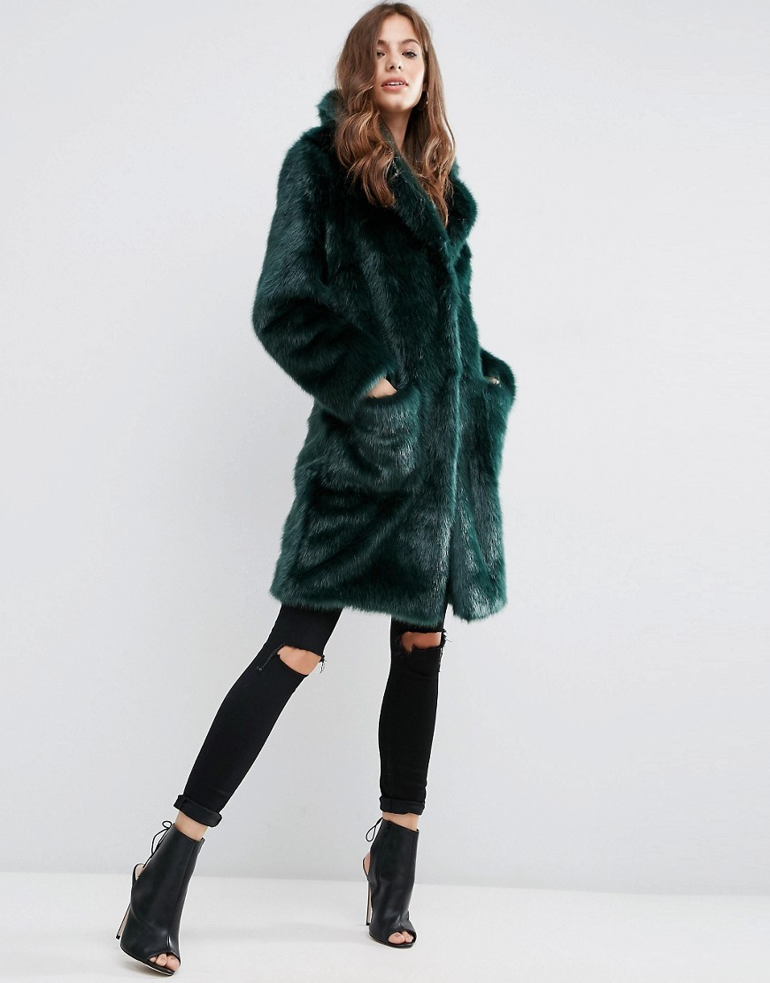 Coat In Plush Faux Fur Green - pattern: plain; collar: wide lapels; style: single breasted; length: on the knee; predominant colour: dark green; occasions: casual, evening, creative work; fit: tailored/fitted; fibres: acrylic - mix; sleeve length: long sleeve; sleeve style: standard; texture group: fur; collar break: medium; pattern type: fabric; season: a/w 2016; wardrobe: highlight