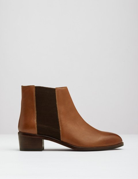 Chelsea Boot Tan Women, Tan - predominant colour: tan; occasions: casual; material: leather; heel height: mid; heel: block; toe: round toe; boot length: ankle boot; style: standard; finish: plain; pattern: plain; season: a/w 2016; wardrobe: highlight