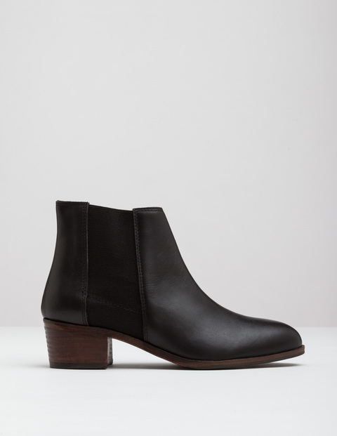 Chelsea Boot Black Women, Black - predominant colour: black; occasions: casual; material: leather; heel height: mid; heel: block; toe: round toe; boot length: ankle boot; style: standard; finish: plain; pattern: plain; wardrobe: basic; season: a/w 2016