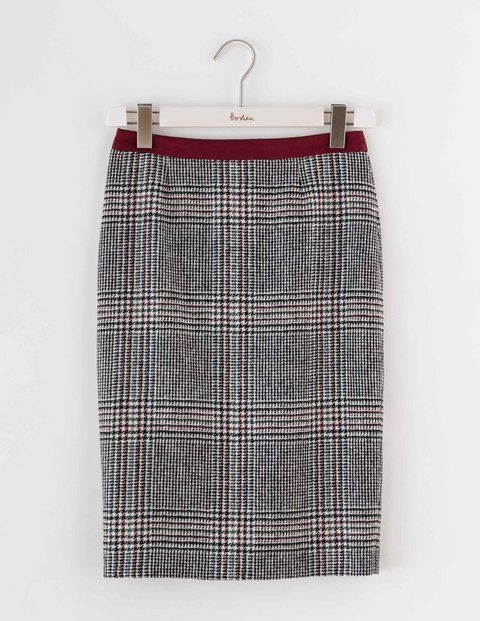 Freya Pencil Skirt Prince Of Wales Tweed Women, Prince Of Wales Tweed - pattern: checked/gingham; style: pencil; fit: tailored/fitted; waist: mid/regular rise; predominant colour: mid grey; occasions: work; length: just above the knee; fibres: wool - mix; pattern type: fabric; texture group: woven light midweight; season: a/w 2016