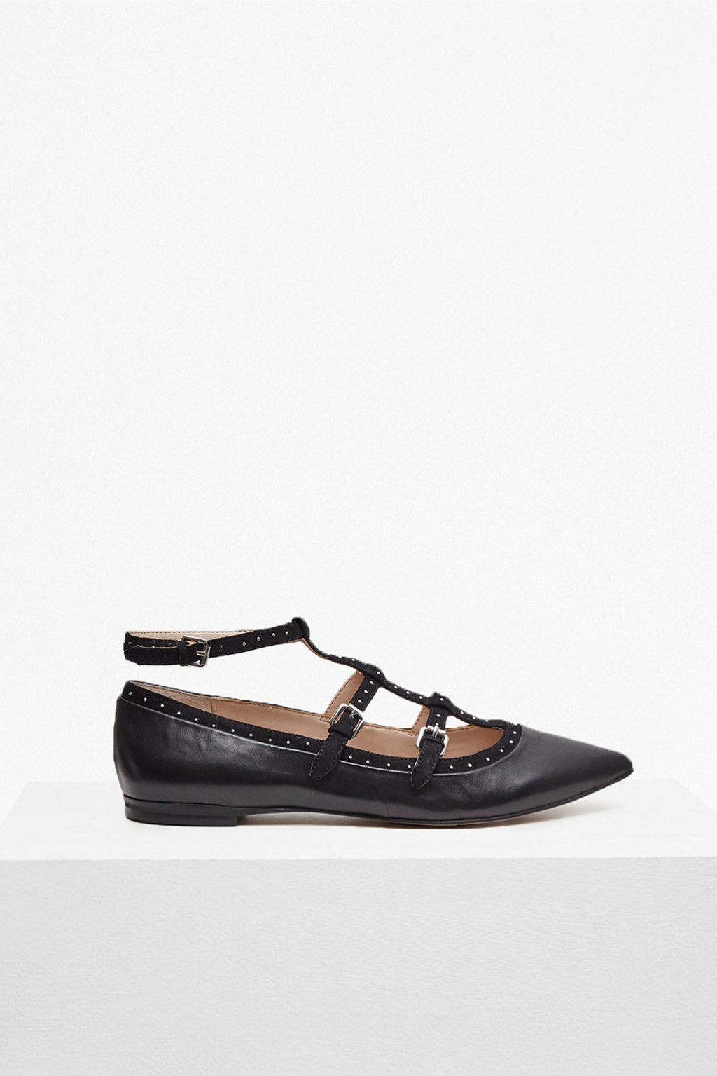 Geklin Pointed Strappy Flats Black/Black - predominant colour: black; occasions: casual; material: leather; heel height: flat; ankle detail: ankle strap; toe: pointed toe; style: ballerinas / pumps; finish: plain; pattern: plain; wardrobe: basic; season: a/w 2016