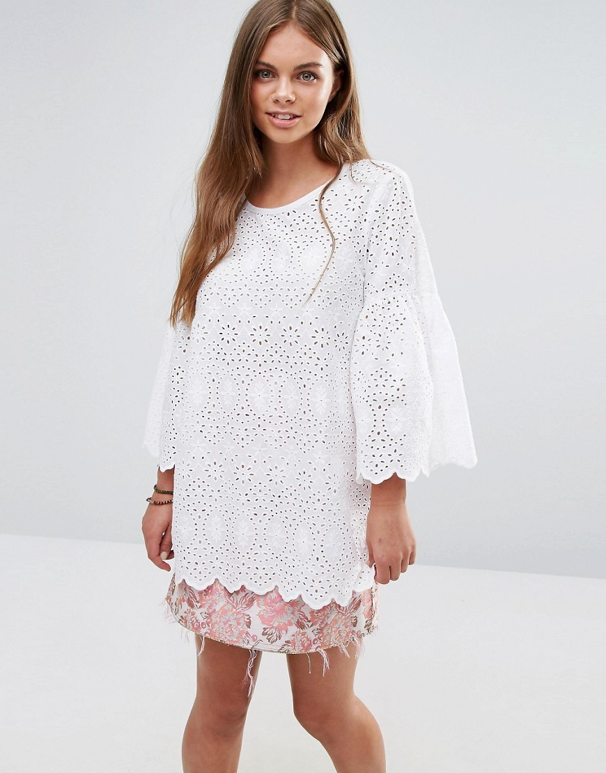 Embroidered Top With Flared Sleeves 00 White - pattern: plain; length: below the bottom; predominant colour: white; occasions: casual; style: top; fibres: cotton - 100%; fit: body skimming; neckline: crew; sleeve length: 3/4 length; sleeve style: standard; texture group: lace; pattern type: fabric; embellishment: embroidered; season: a/w 2016; wardrobe: highlight