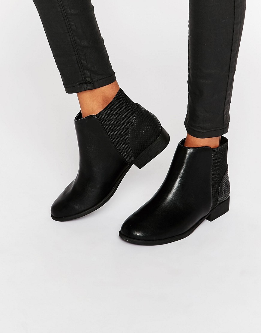 Etaliwet Chelsea Boots Black Synthetic - predominant colour: black; occasions: casual; material: faux leather; heel height: flat; heel: standard; toe: round toe; boot length: ankle boot; style: standard; finish: plain; pattern: plain; wardrobe: basic; season: a/w 2016