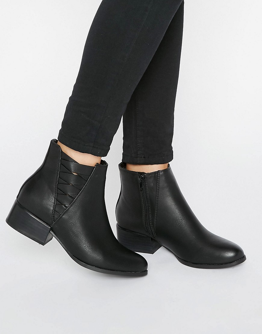 Onillan Heeled Ankle Boots Black Synthetic - predominant colour: black; occasions: casual, creative work; material: leather; heel height: mid; heel: block; toe: round toe; boot length: ankle boot; finish: plain; pattern: plain; style: chelsea; wardrobe: basic; season: a/w 2016