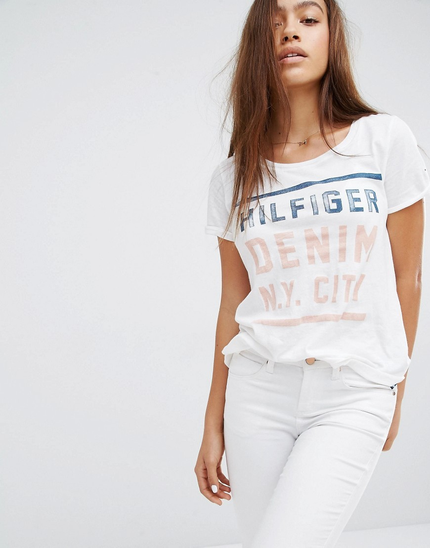 Ny City Logo T Shirt Classic White - neckline: round neck; pattern: plain; style: t-shirt; predominant colour: white; occasions: casual; length: standard; fibres: cotton - 100%; fit: body skimming; sleeve length: short sleeve; sleeve style: standard; pattern type: fabric; pattern size: standard; texture group: jersey - stretchy/drapey; wardrobe: basic; season: a/w 2016