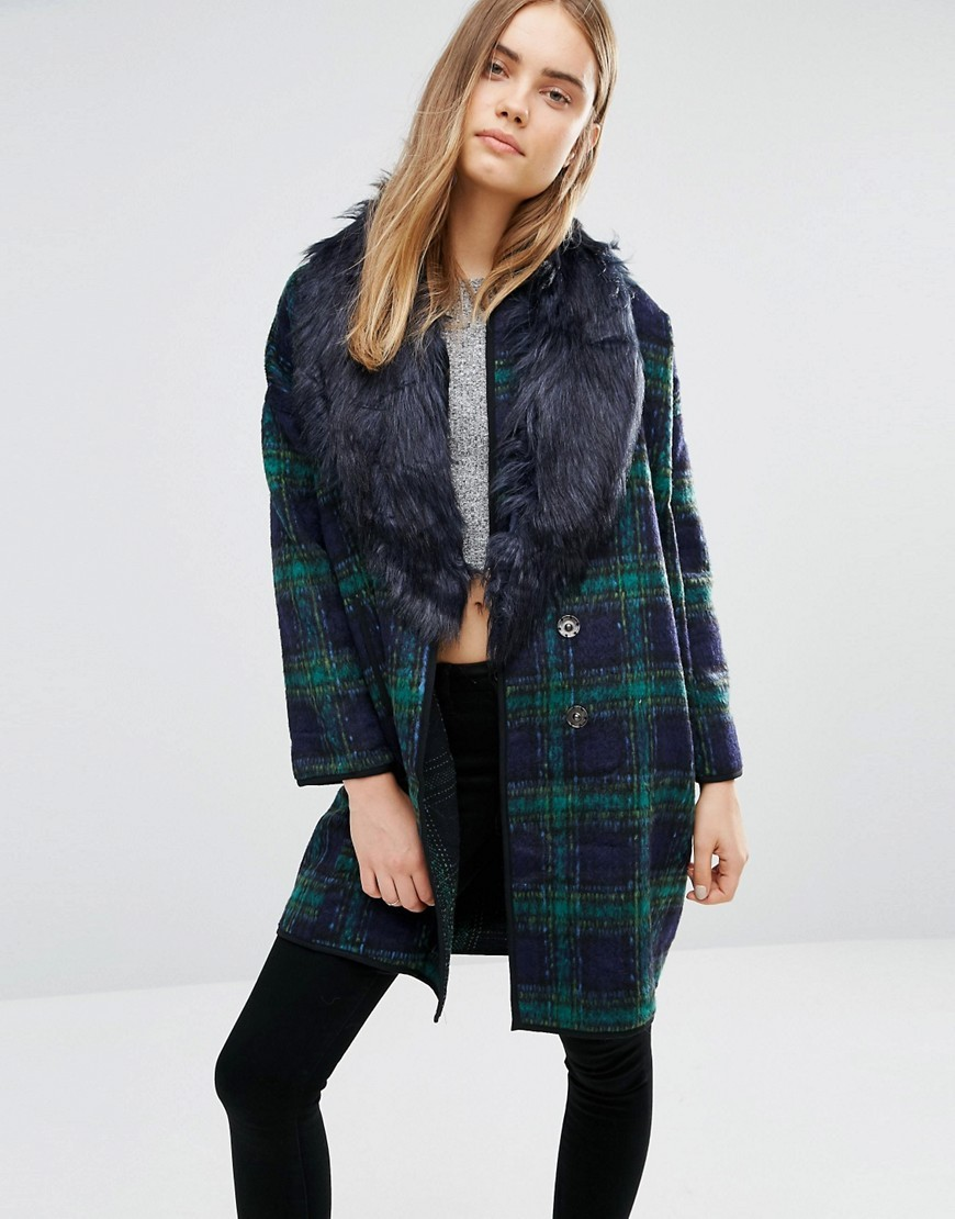 Checked Coat With Faux Fur Trim Navy Green - pattern: checked/gingham; length: below the bottom; style: single breasted; predominant colour: navy; secondary colour: emerald green; occasions: casual; fit: tailored/fitted; fibres: wool - mix; sleeve length: long sleeve; sleeve style: standard; texture group: knits/crochet; collar: fur; collar break: medium; pattern type: knitted - fine stitch; multicoloured: multicoloured; season: a/w 2016; wardrobe: highlight