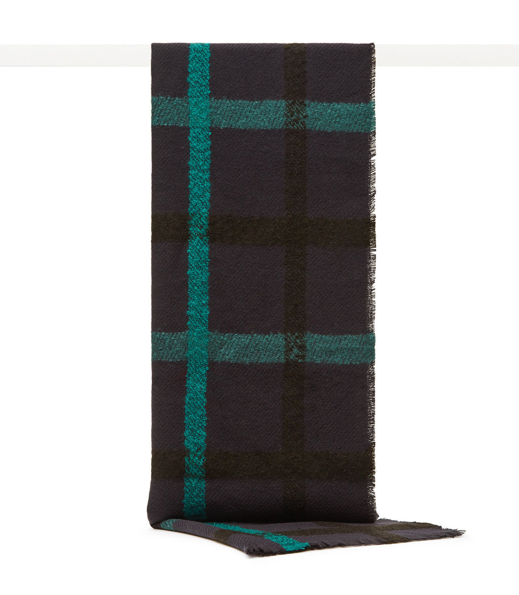 Elise Womens Oversized Check Scarf In Blue - predominant colour: navy; occasions: casual; type of pattern: heavy; style: regular; size: standard; material: fabric; pattern: checked/gingham; season: a/w 2016; wardrobe: highlight