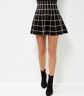 Black Grid Print Skirt - length: mini; pattern: checked/gingham; fit: loose/voluminous; style: pleated; waist: high rise; predominant colour: black; occasions: casual, creative work; fibres: polyester/polyamide - mix; pattern type: fabric; texture group: woven light midweight; season: a/w 2016