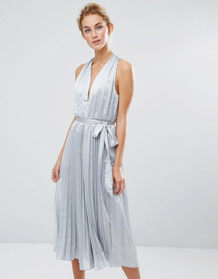 Pleated Culotte Jumpsuit Light Grey - neckline: low v-neck; fit: loose; pattern: plain; sleeve style: sleeveless; waist detail: belted waist/tie at waist/drawstring; predominant colour: pale blue; occasions: evening; length: calf length; fibres: polyester/polyamide - 100%; sleeve length: sleeveless; texture group: structured shiny - satin/tafetta/silk etc.; style: jumpsuit; pattern type: fabric; season: a/w 2016; wardrobe: event