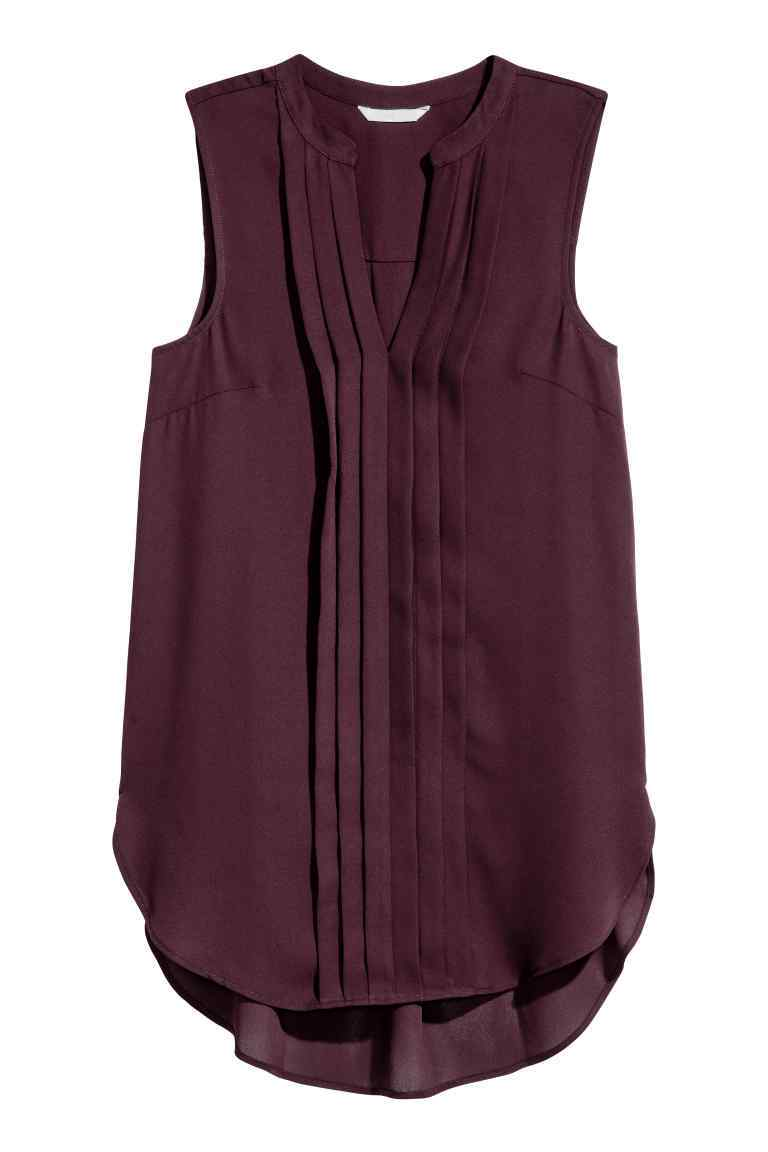 Sleeveless Top - neckline: round neck; pattern: plain; sleeve style: sleeveless; length: below the bottom; predominant colour: black; occasions: casual, creative work; style: top; fibres: polyester/polyamide - 100%; fit: loose; sleeve length: sleeveless; texture group: sheer fabrics/chiffon/organza etc.; pattern type: fabric; wardrobe: basic; season: a/w 2016