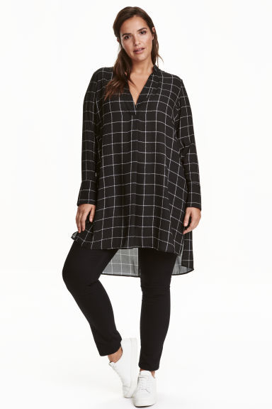 + V Neck Tunic - neckline: v-neck; pattern: checked/gingham; style: tunic; secondary colour: white; predominant colour: black; occasions: casual, creative work; fibres: polyester/polyamide - 100%; fit: loose; length: mid thigh; sleeve length: long sleeve; sleeve style: standard; texture group: sheer fabrics/chiffon/organza etc.; pattern type: fabric; pattern size: standard; season: a/w 2016; wardrobe: highlight