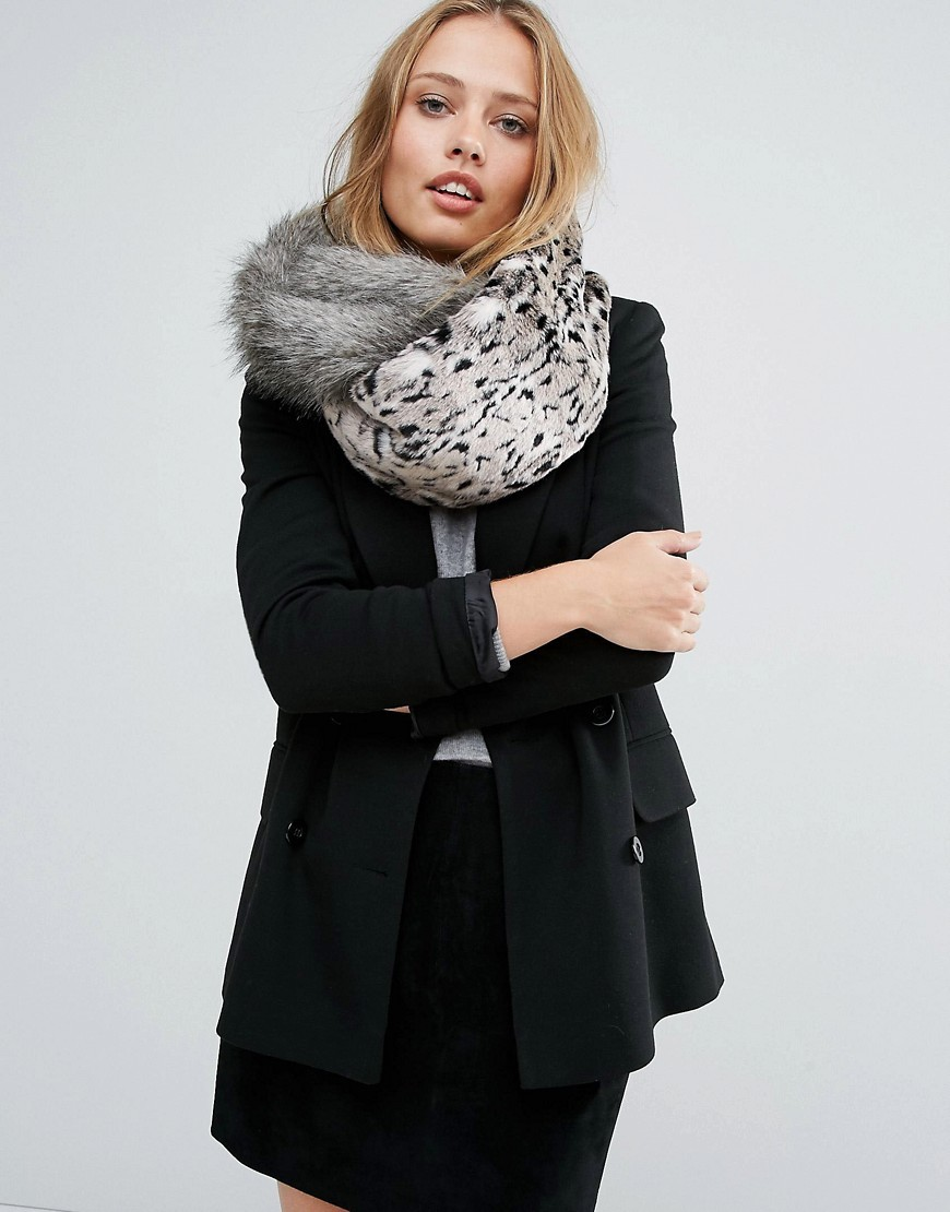 Patchwork Snood Grey - predominant colour: light grey; occasions: casual, creative work; type of pattern: standard; style: snood; size: large; material: fur; pattern: animal print; season: a/w 2016