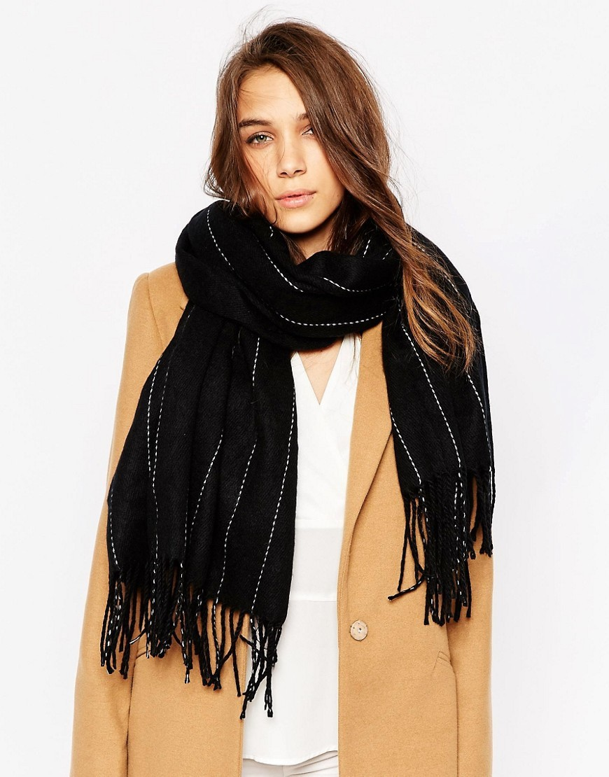 Oversized Pinstripe Scarf Black / White - predominant colour: black; occasions: casual; type of pattern: standard; style: regular; size: large; material: knits; embellishment: fringing; pattern: striped; season: a/w 2016