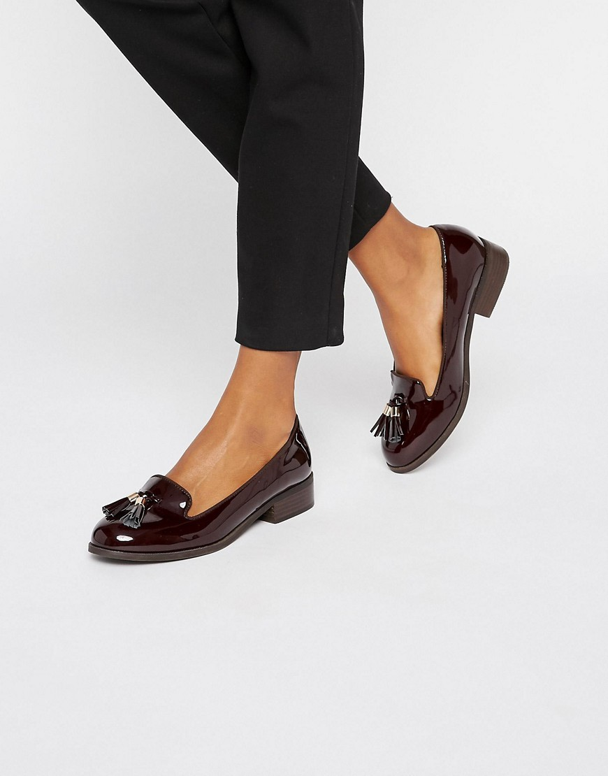 Flat Tassle Loafers Wine - predominant colour: burgundy; occasions: casual, work, creative work; material: faux leather; heel height: flat; embellishment: tassels; toe: round toe; style: loafers; finish: plain; pattern: plain; season: a/w 2016; wardrobe: highlight
