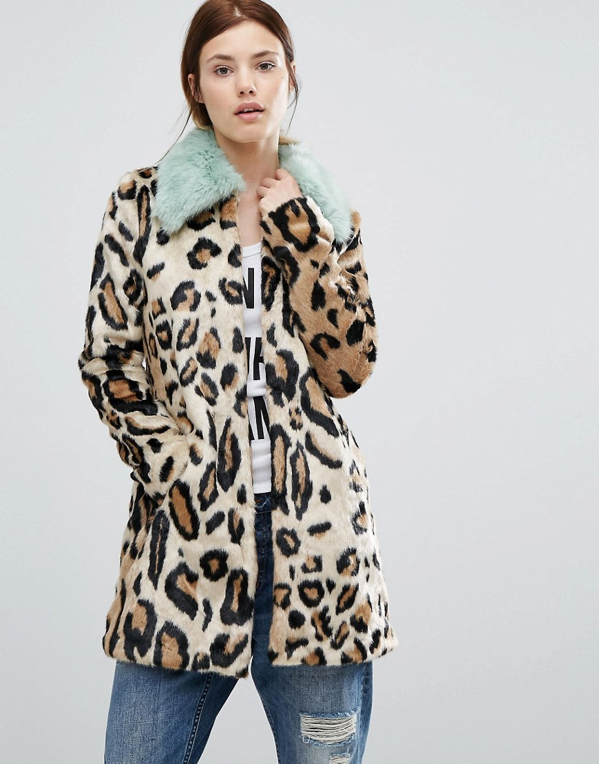 Faux Fur Leopard Print Coat With Faux Fur Collar Leopard - length: below the bottom; predominant colour: camel; secondary colour: black; occasions: casual, creative work; fit: straight cut (boxy); fibres: acrylic - mix; style: fur coat; sleeve length: long sleeve; sleeve style: standard; texture group: fur; collar: fur; collar break: high; pattern type: fabric; pattern size: standard; pattern: animal print; season: a/w 2016; wardrobe: highlight; trends: opulent prints