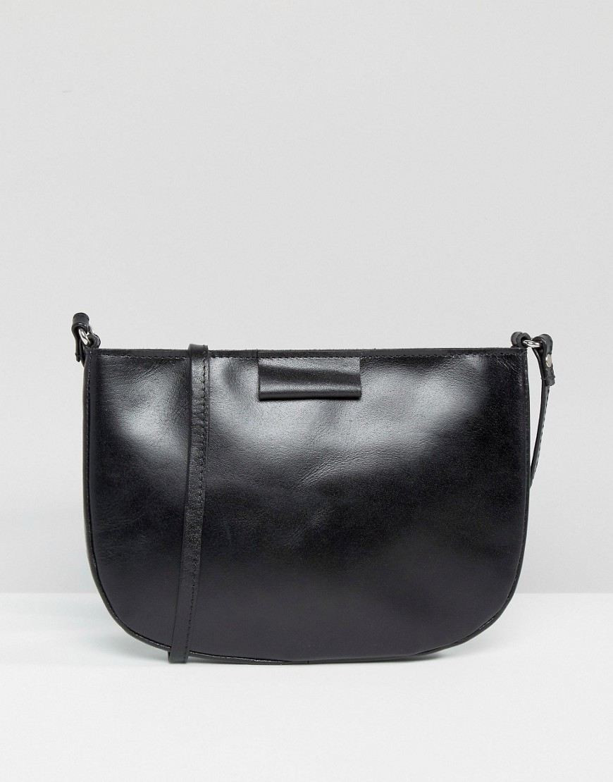 Leather Clean Curved Edge Cross Body Bag Black - predominant colour: black; occasions: casual; type of pattern: standard; style: shoulder; length: shoulder (tucks under arm); size: standard; material: leather; pattern: plain; finish: plain; wardrobe: investment; season: a/w 2016