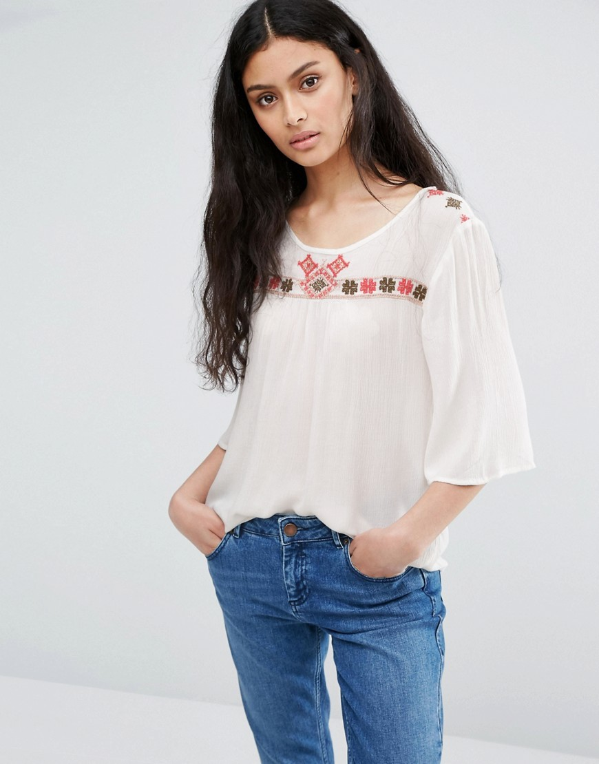 Boho Shirt With Arm Trim Whisper White - neckline: round neck; predominant colour: white; secondary colour: true red; occasions: casual; length: standard; style: top; fibres: viscose/rayon - 100%; fit: loose; sleeve length: 3/4 length; sleeve style: standard; pattern type: fabric; pattern: patterned/print; texture group: jersey - stretchy/drapey; embellishment: embroidered; multicoloured: multicoloured; season: a/w 2016; wardrobe: highlight